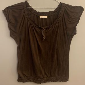 💜3/40💜 Brown over shoulder shirt